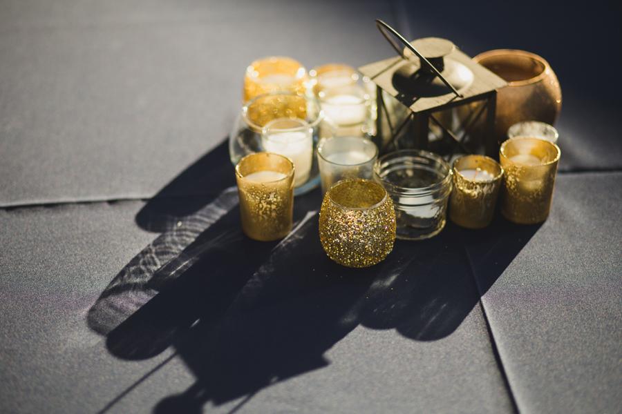 23-glitter-candle-wedding-reception-centerpeice