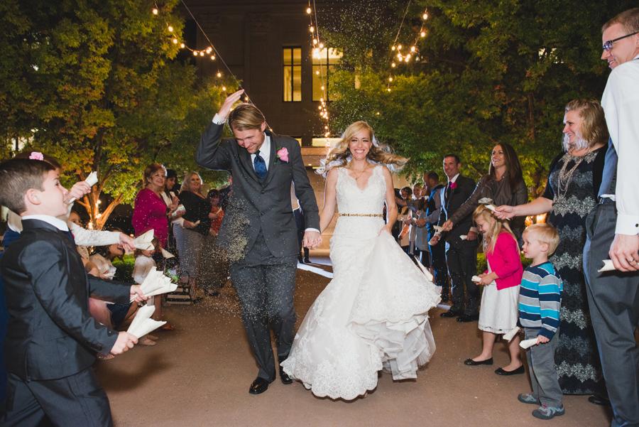 37-ok-heritage-museum-okc-wedding-photographer-kelly-hogan-nathan-laughlin-grand-exit-lavender