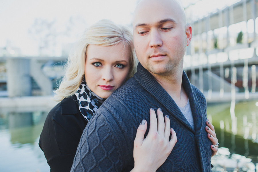 5-okc-winter-engagement-wedding-photographer-myriad-gardens-downtown-jessie-campbell-colt-franklin