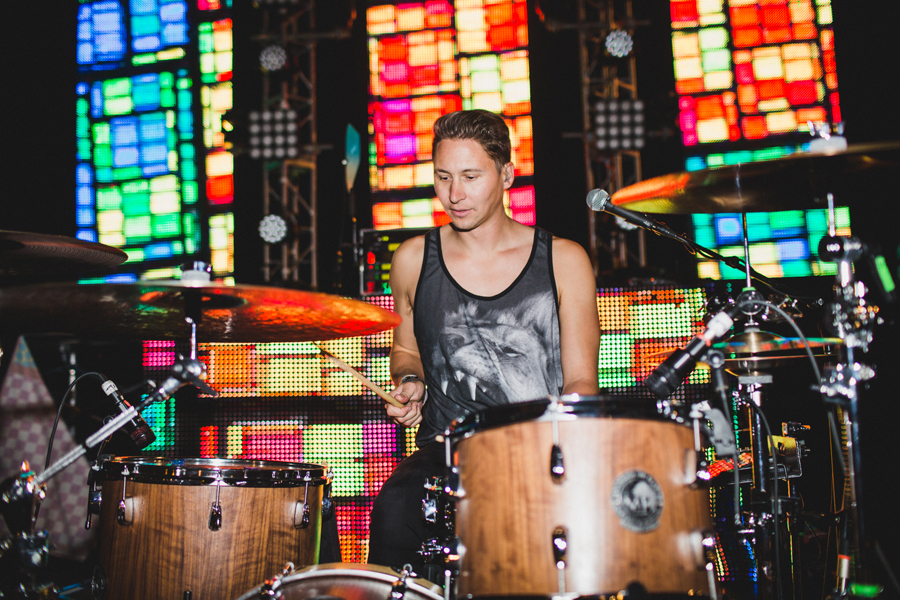 29-smallpools-tour-summer-2014-soundcheck-beau