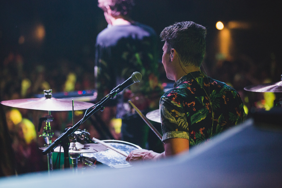 40-smallpools-tour-summer-2014-beau