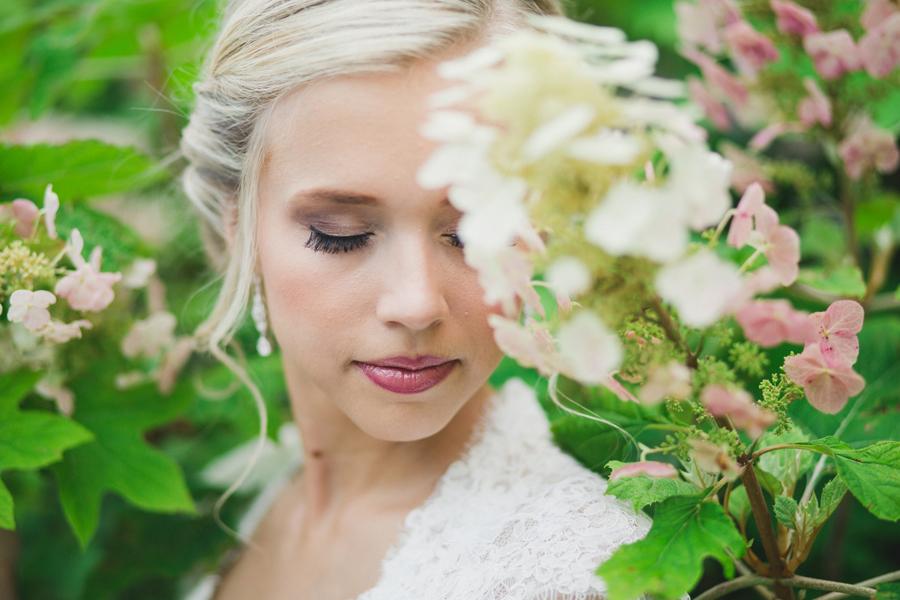 8-okc-bridal-wedding-photographer-hannah-adel-collins-botanical-gardens