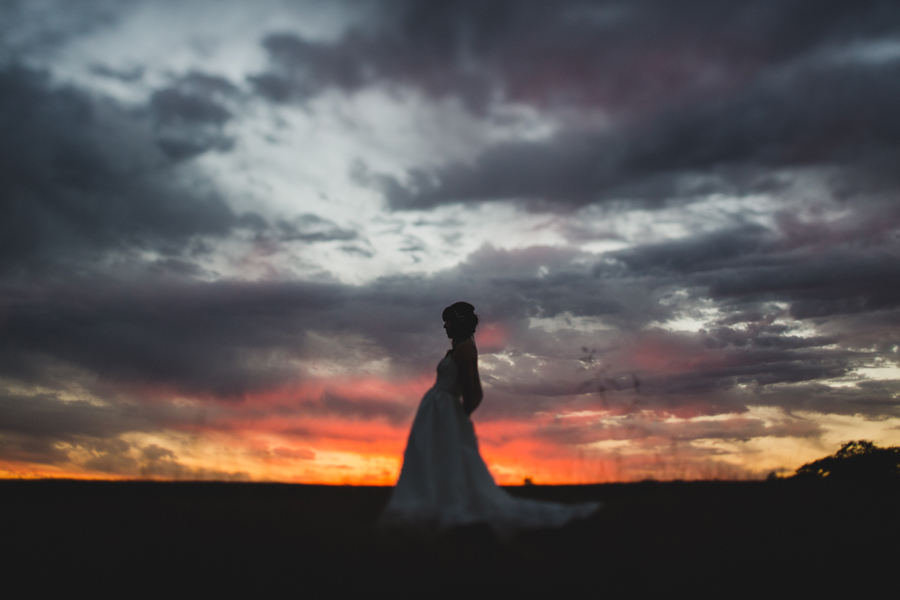4-okc-edmond-wedding-bridal-photographer-field-sunset