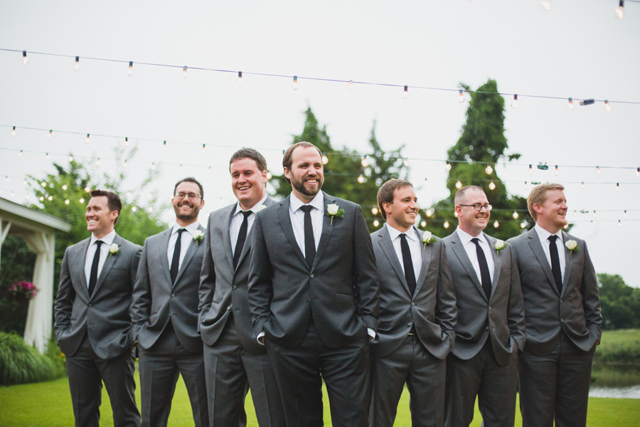 12-wings-edmond-wedding-rainy-groomsmen