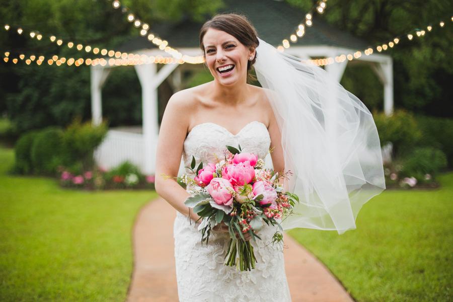 13-wings-edmond-wedding-rainy-bridal-portrait-bride