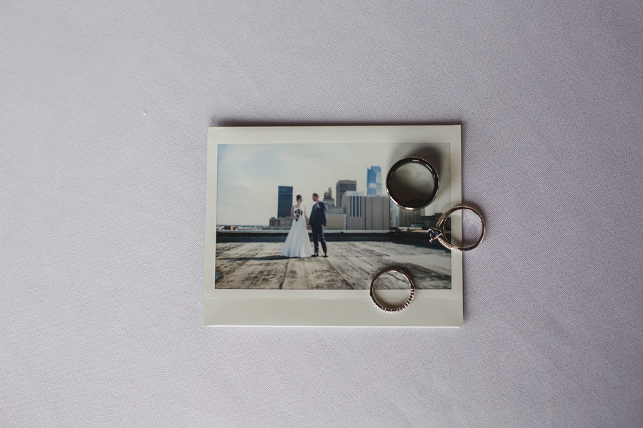 14-wedding-polaroid-rings