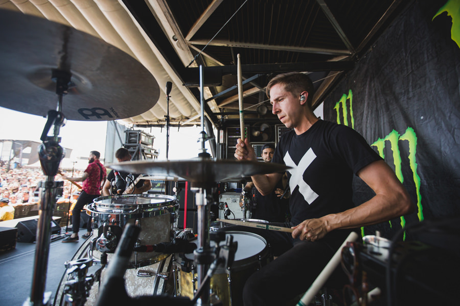 23-silverstein-warped-tour-2015-okc-paul-drums