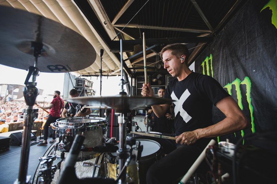 23-silverstein-warped-tour-2015-okc-paul-drums