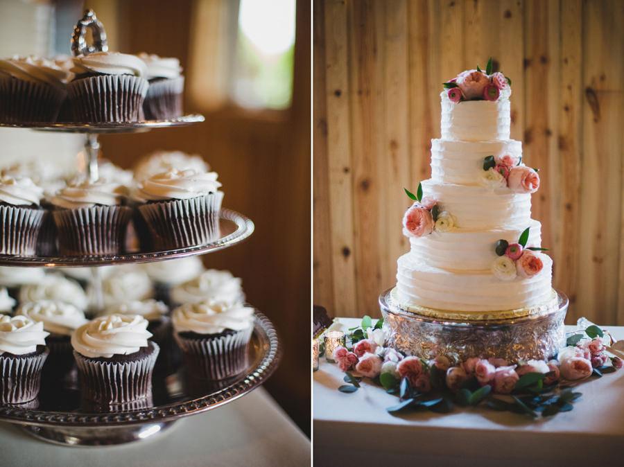 32-chisholm-springs-event-center-edmond-okc-wedding-photographer-cake-cupcakes