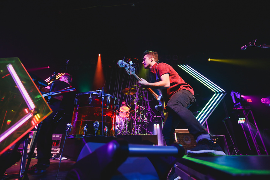 64-walk-the-moon-wtm-tih-tour-philly-tla-