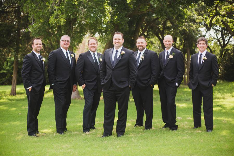 16-oak-tree-country-club-okc-edmond-wedding-photographer-groomsmen