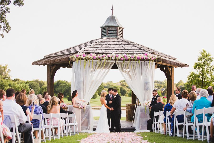 31-oak-tree-country-club-okc-edmond-wedding-photographer-