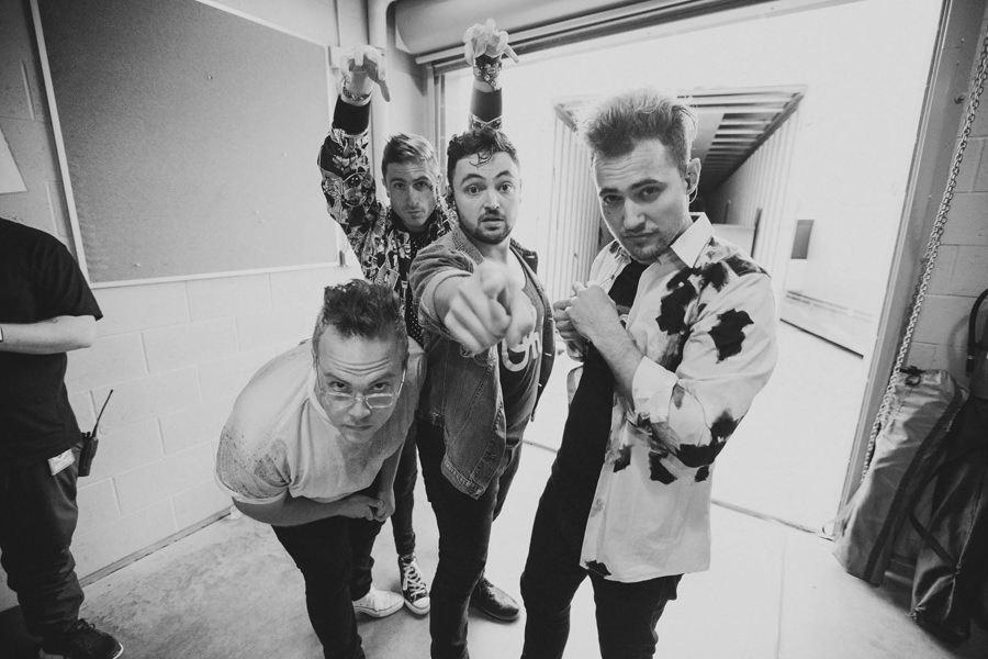46-walk-the-moon-wtm-tih-tour-omaha-sumtur-backstage-band