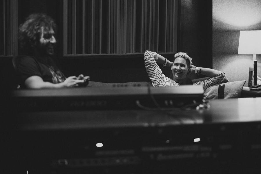 34-smallpools-rocording-studio-red-bull-mashup-lean-on-me-la