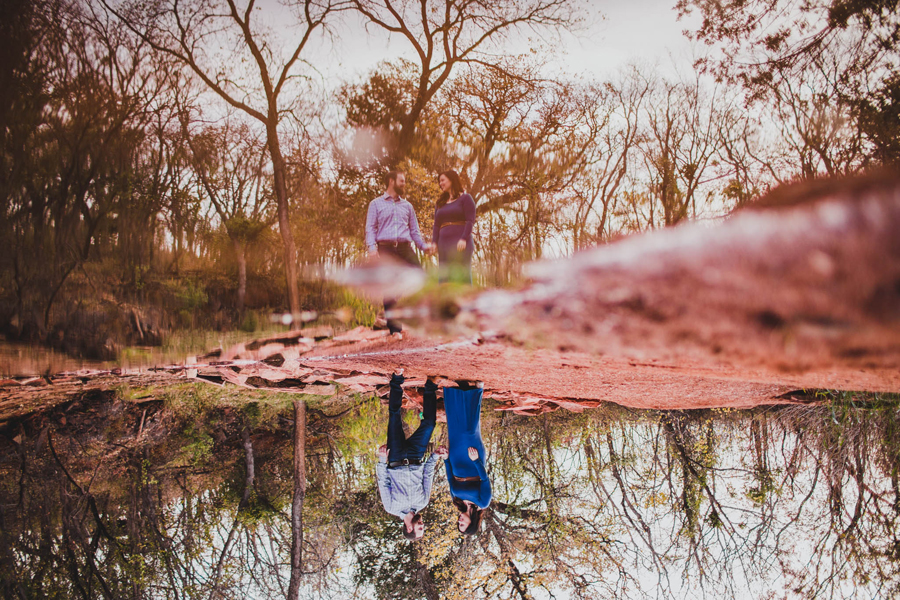 10-okc-fall-engagement-portraits-martin-nature-park-artsy-los-angeles-la