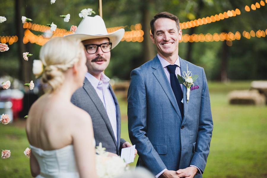 18-los-angeles-wedding-photographer-backyard-wedding-mustang-okc-socal-modern-vintage