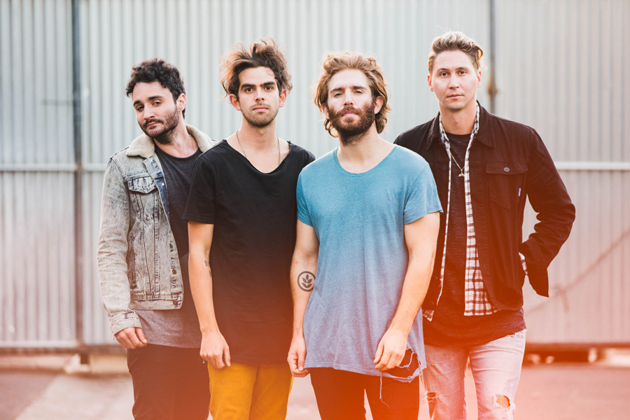 41-smallpools-american-love-tour-promo