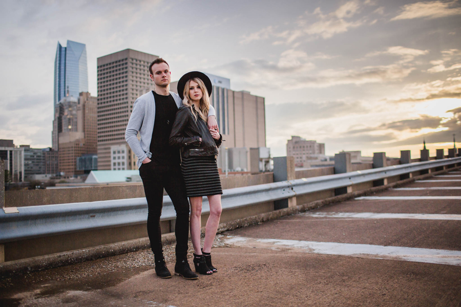 16-okc-wedding-photographer-modern-hip-rooftop-skyline-downtown-midtown