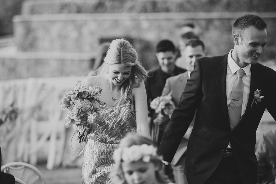 los-angeles-wedding-photographer-modern-backyard-norman-oklahoma-beth-vaughn-tyler-burns-28