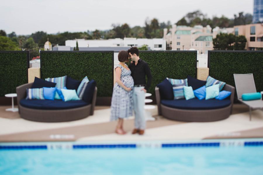 los-angeles-maternity-photographer-joseph-rachel-intile10-Le-Montrose-Suite-Hotel