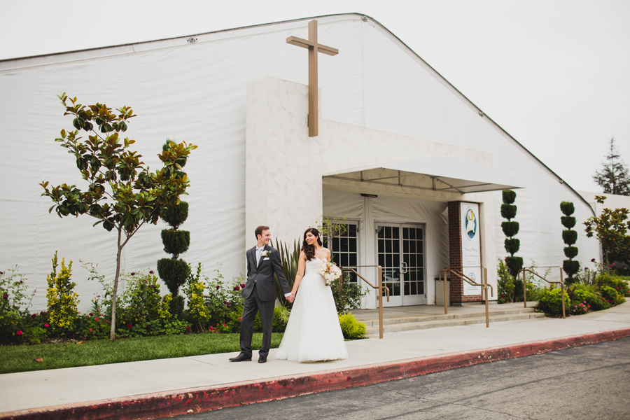orange-county-santa-ana-los-angeles-wedding-photographer-13-st-john-vianney-catholic-church