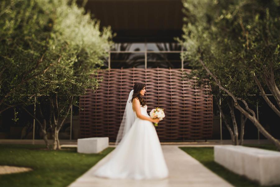 orange-county-santa-ana-los-angeles-wedding-photographer-22-bowers-museum-bridal-portraits