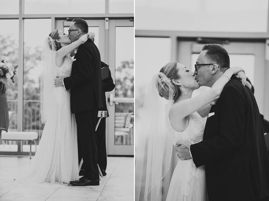 tulsa-oklahoma-wedding-photographer-gilcrease-museum-venue-steve-cluck-joy-jones-22-lobby-ceremony-rain-