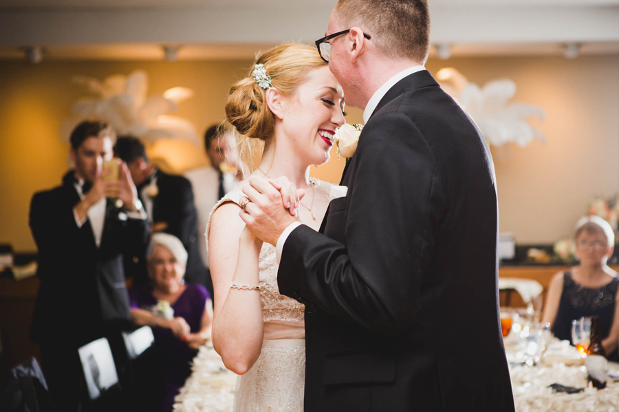 tulsa-oklahoma-wedding-photographer-gilcrease-museum-venue-steve-cluck-joy-jones-35-first-dance-reception-vista-room-