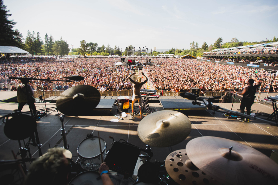 wtm-work-this-body-tour-52-bottlerock-crowd