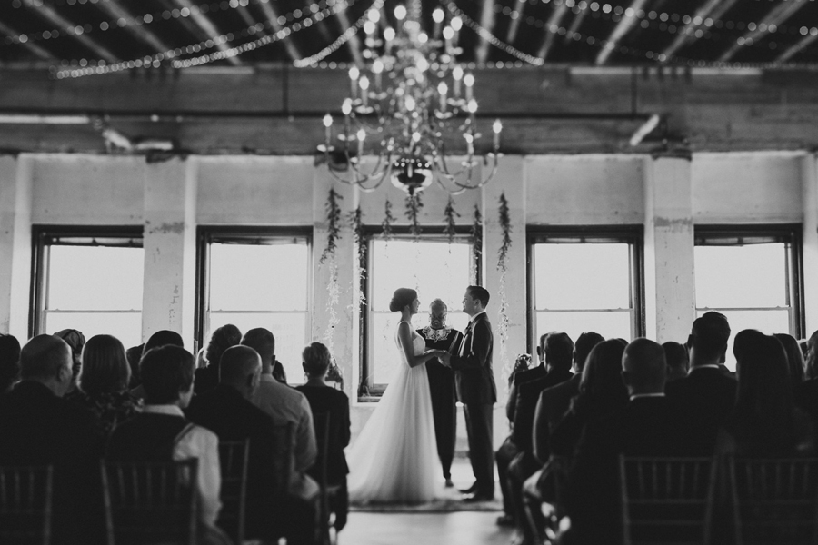 oklahoma-city-okc-wedding-photographer-lee-leach-downtown-28-magnolia-building