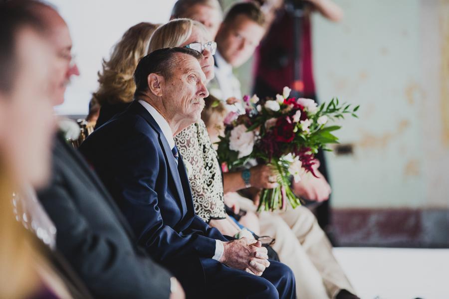 oklahoma-city-okc-wedding-photographer-lee-leach-downtown-29-magnolia-building