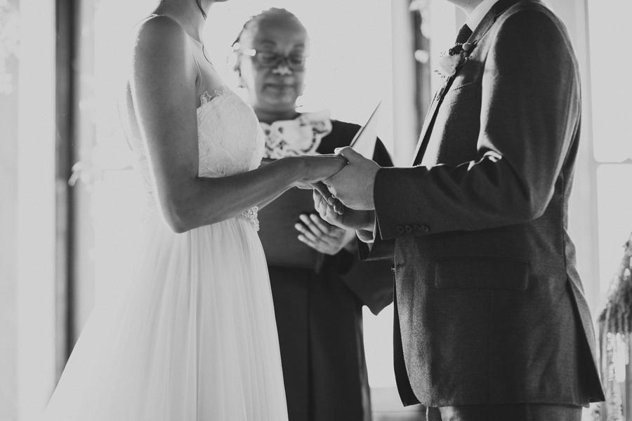 oklahoma-city-okc-wedding-photographer-lee-leach-downtown-30-magnolia-building