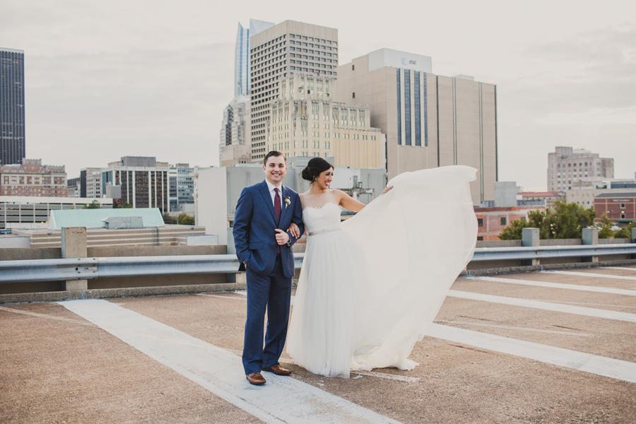 oklahoma-city-okc-wedding-photographer-lee-leach-downtown-32-magnolia-building
