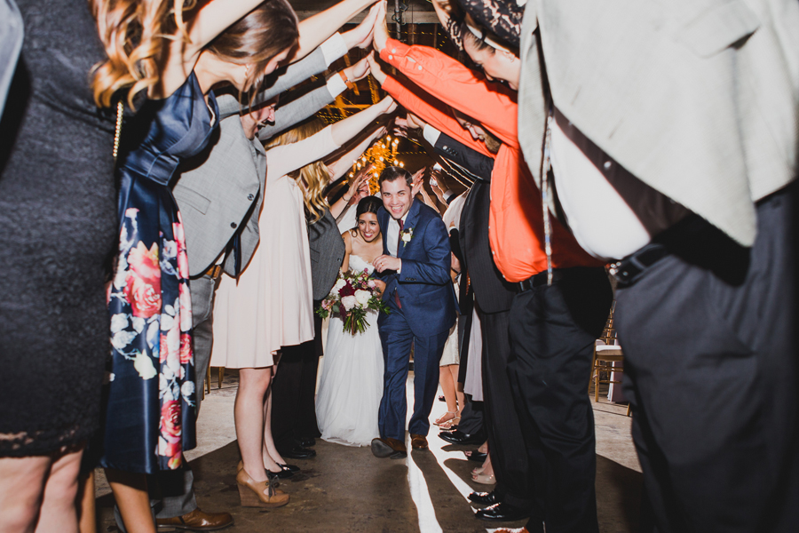 oklahoma-city-okc-wedding-photographer-lee-leach-downtown-43-magnolia-building