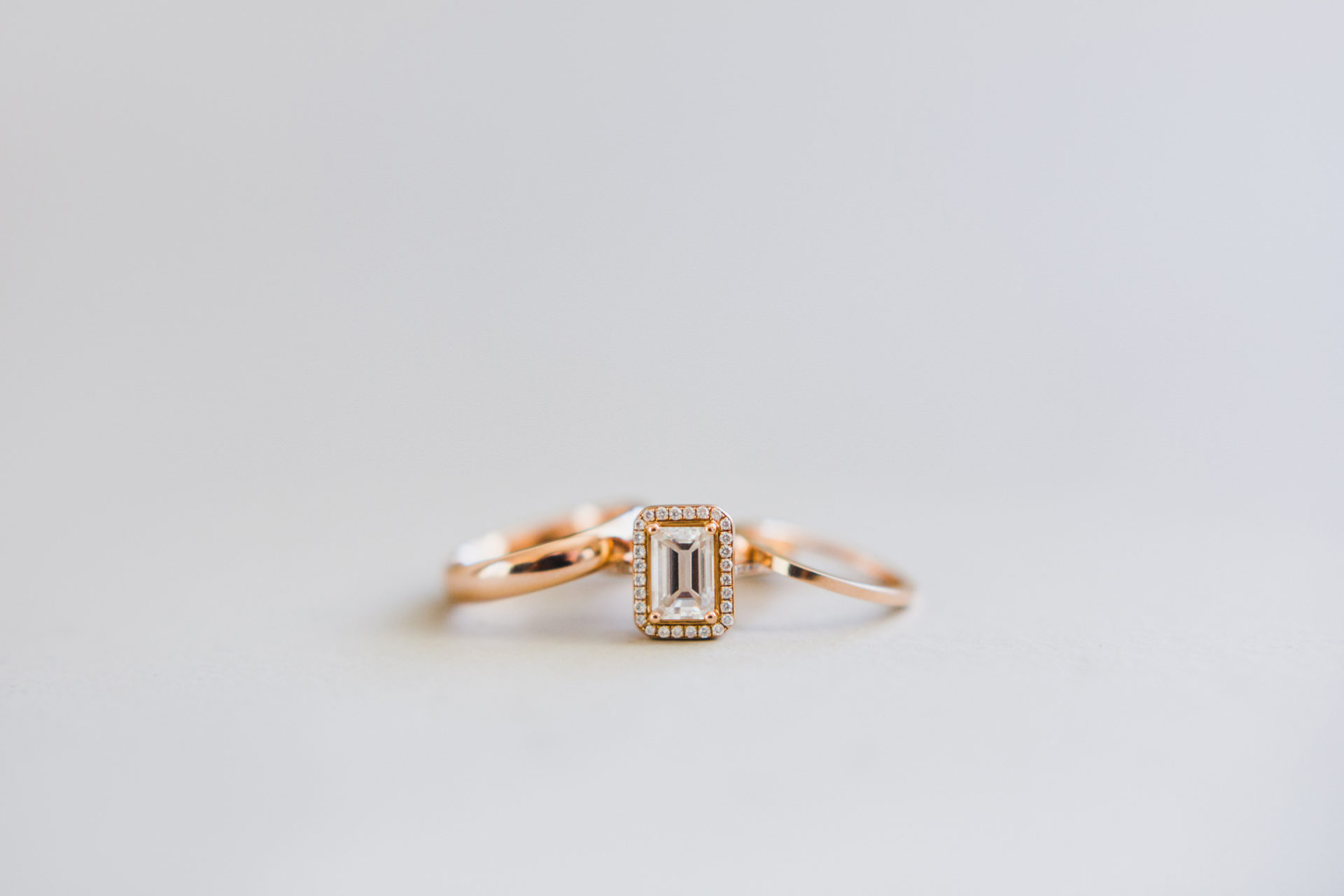 best-top-los-angeles-destination-wedding-photographer-hipster-modern-quirky-editorial-romantic-epic-03-light-airy-clean-rings