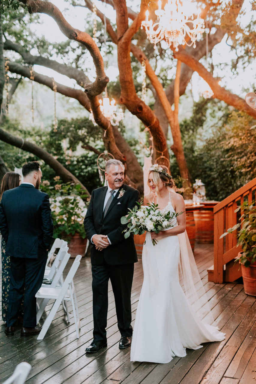 best-top-los-angeles-destination-wedding-photographer-hipster-modern-quirky-editorial-romantic-epic-20-calamigos-ranch-oak-room-malibu