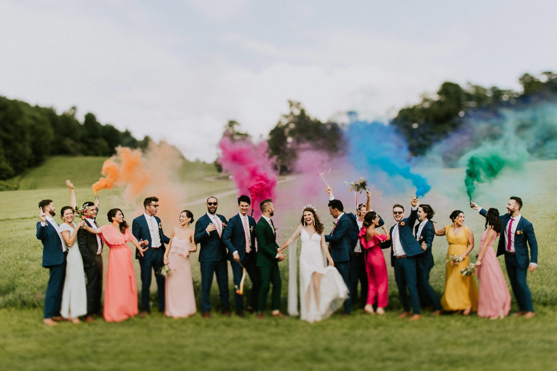 best-top-los-angeles-destination-wedding-photographer-hipster-modern-quirky-editorial-romantic-epic-29-bridal-party-smoke-bombs-rainbow-bright-colorful-fun