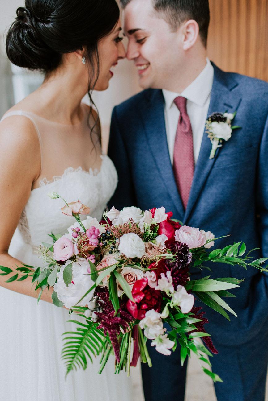 best-top-los-angeles-destination-wedding-photographer-hipster-modern-quirky-editorial-romantic-epic-34-okc-devon-bouquet