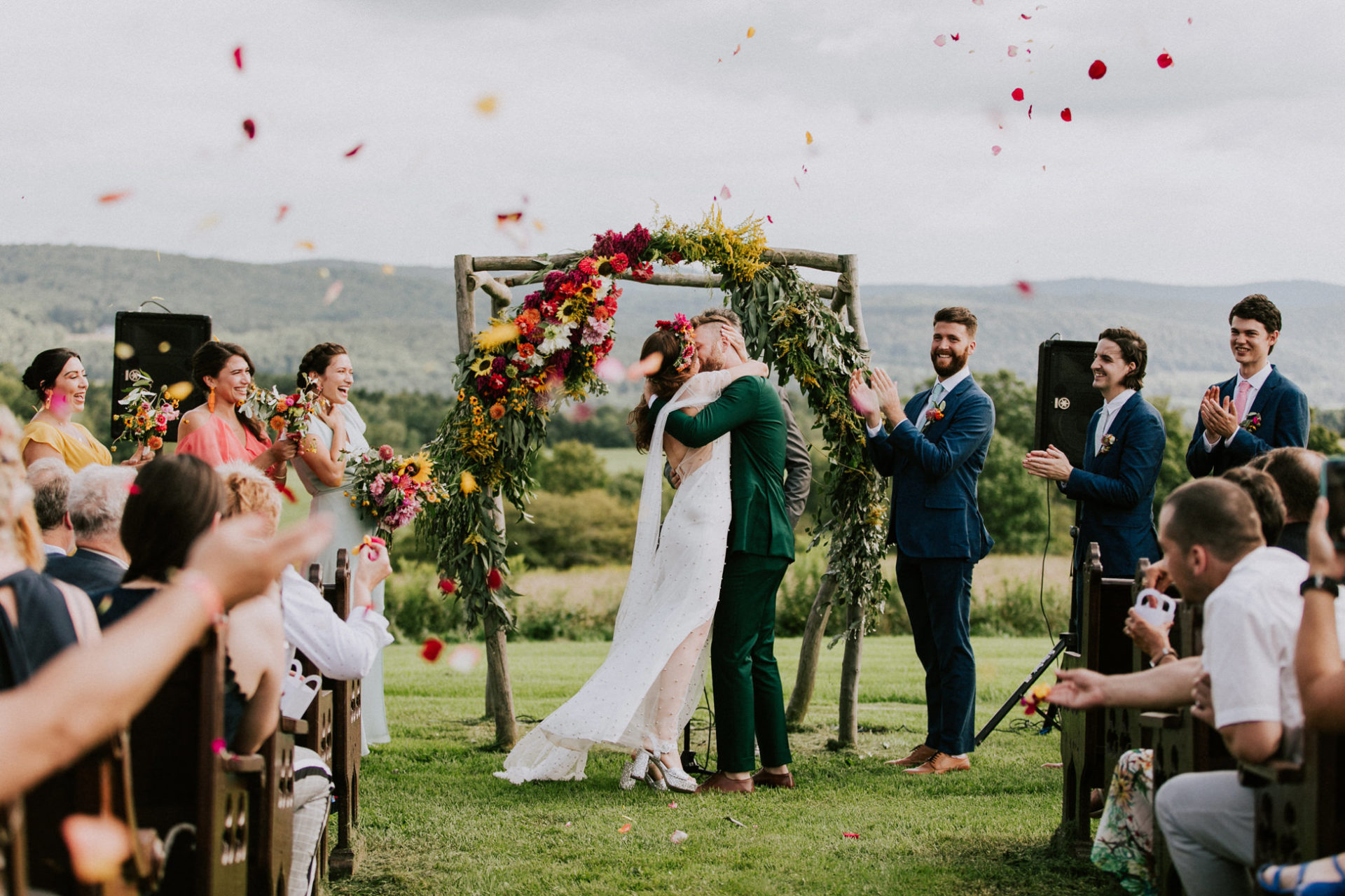 best-top-los-angeles-destination-wedding-photographer-hipster-modern-quirky-editorial-romantic-epic-43-gilbertsville-farm-nyc-upstate-kiss-ceremony-throw