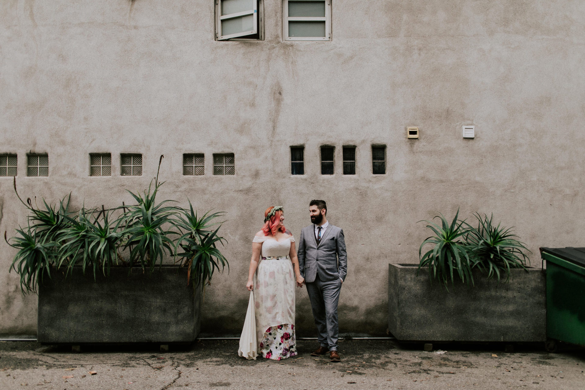 best-top-los-angeles-destination-wedding-photographer-hipster-modern-quirky-editorial-romantic-epic-55-dtla-moody