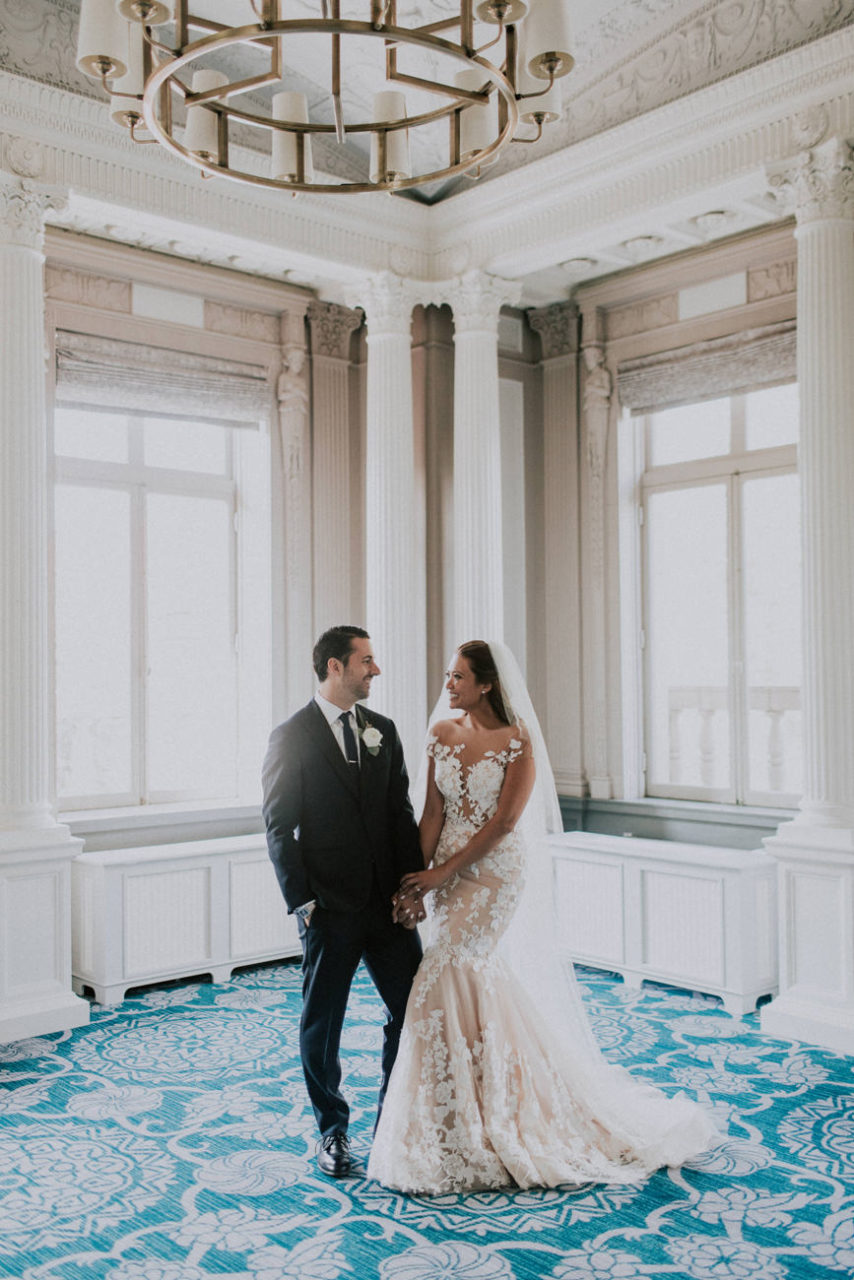 best-top-los-angeles-destination-wedding-photographer-hipster-modern-quirky-editorial-romantic-epic-62-sentinel-hotel-portland-light-bright-airy