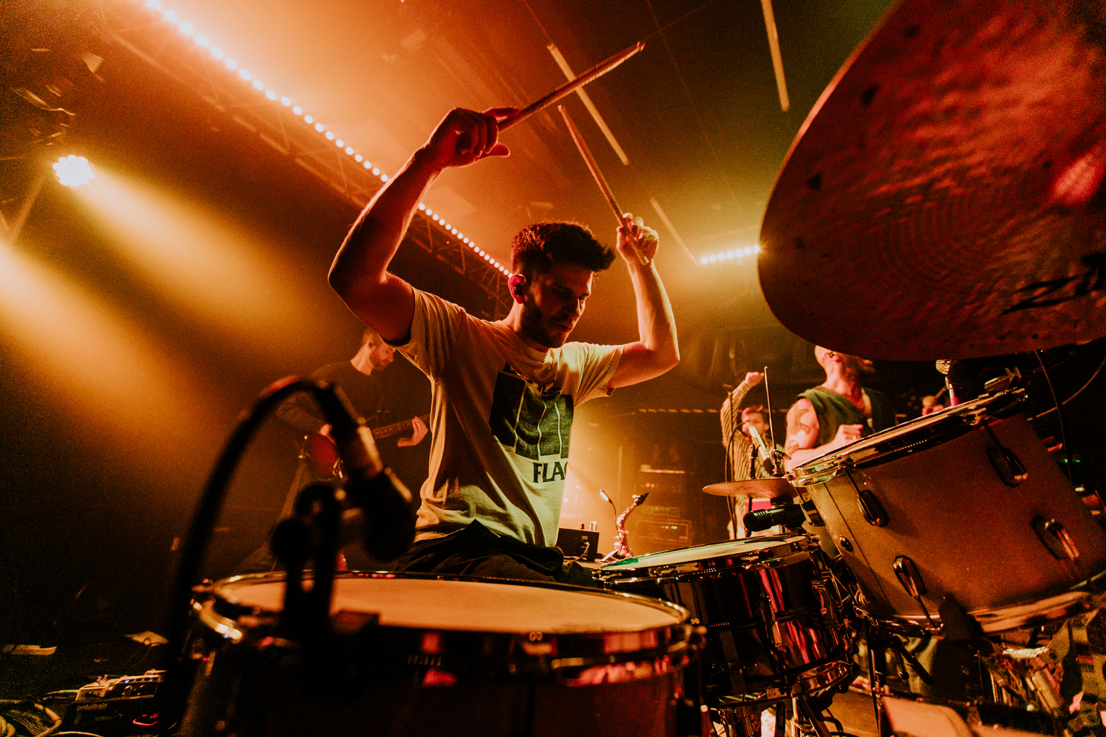 adam-levin-drums-action-shot-concert-AnnaLeeMedia