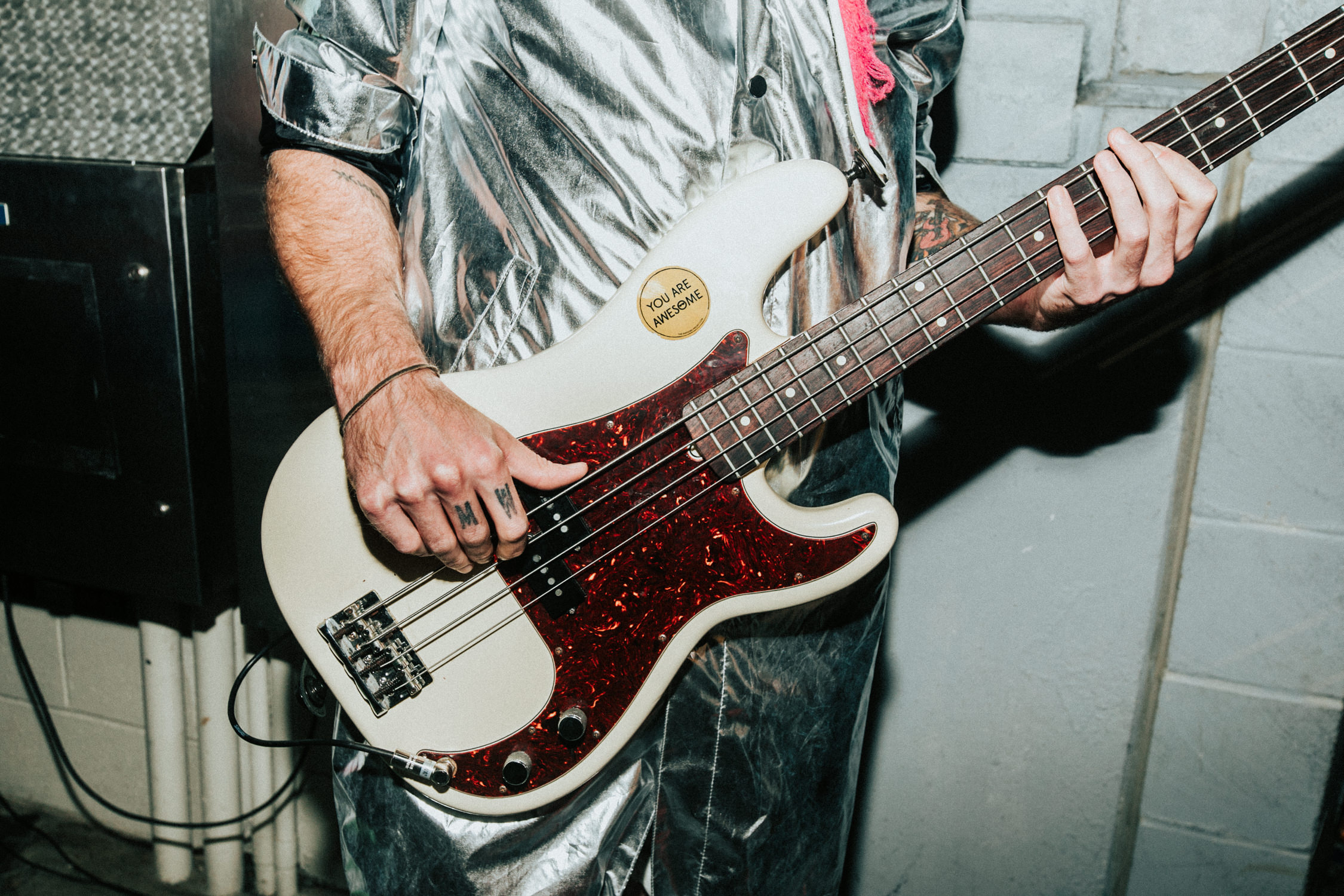 bass-you-are-awesome-sticker-backstage-tour-AnnaLeeMedia