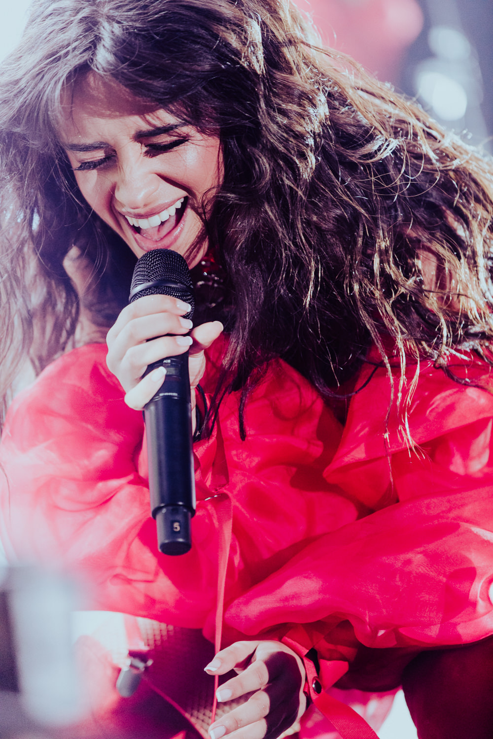 camila-cabello-close-up-singing-red-outfit-AnnaLeeMedia