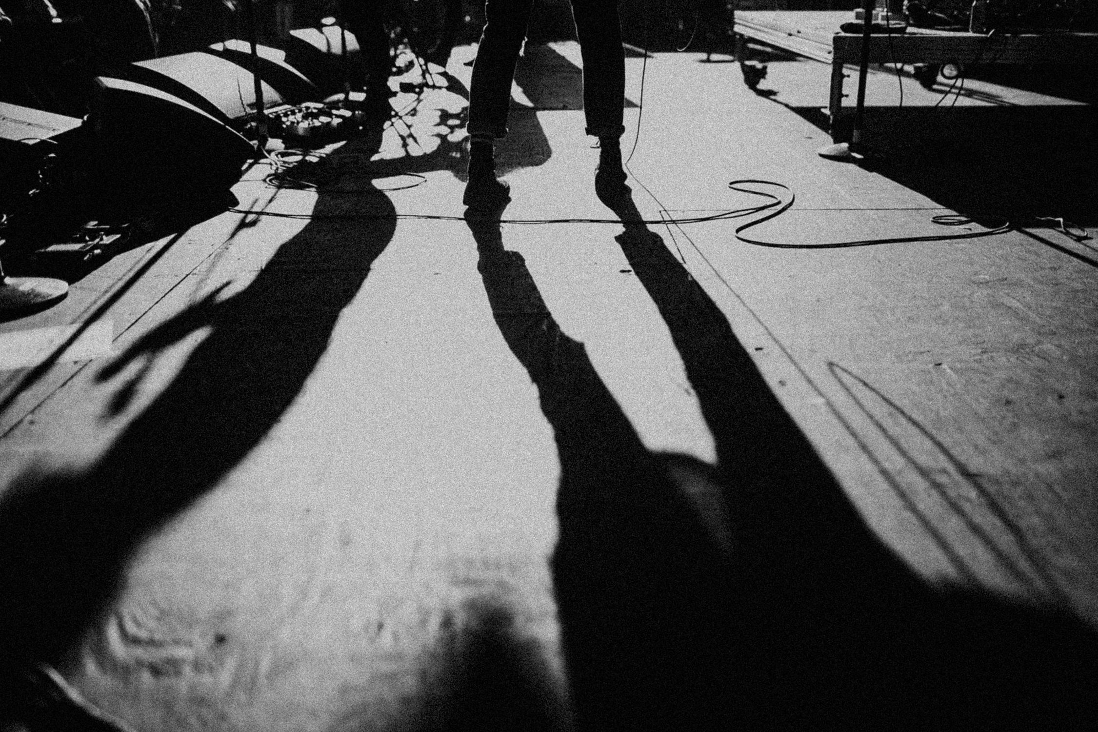 concert-stage-dramatic-shadows-AnnaLeeMedia