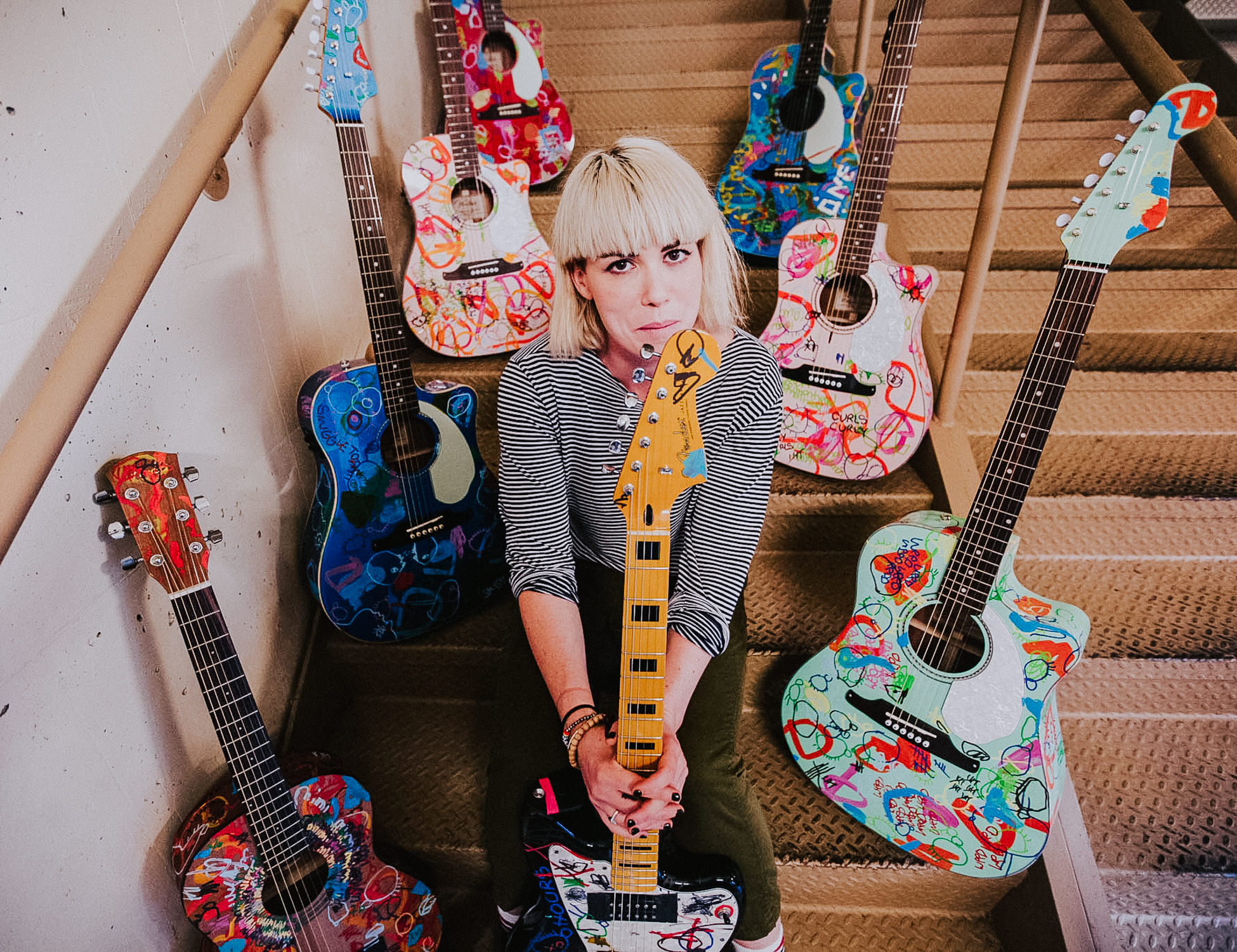 hannah-hooper-guitar-art-portrait-grouplove-AnnaLeeMedia