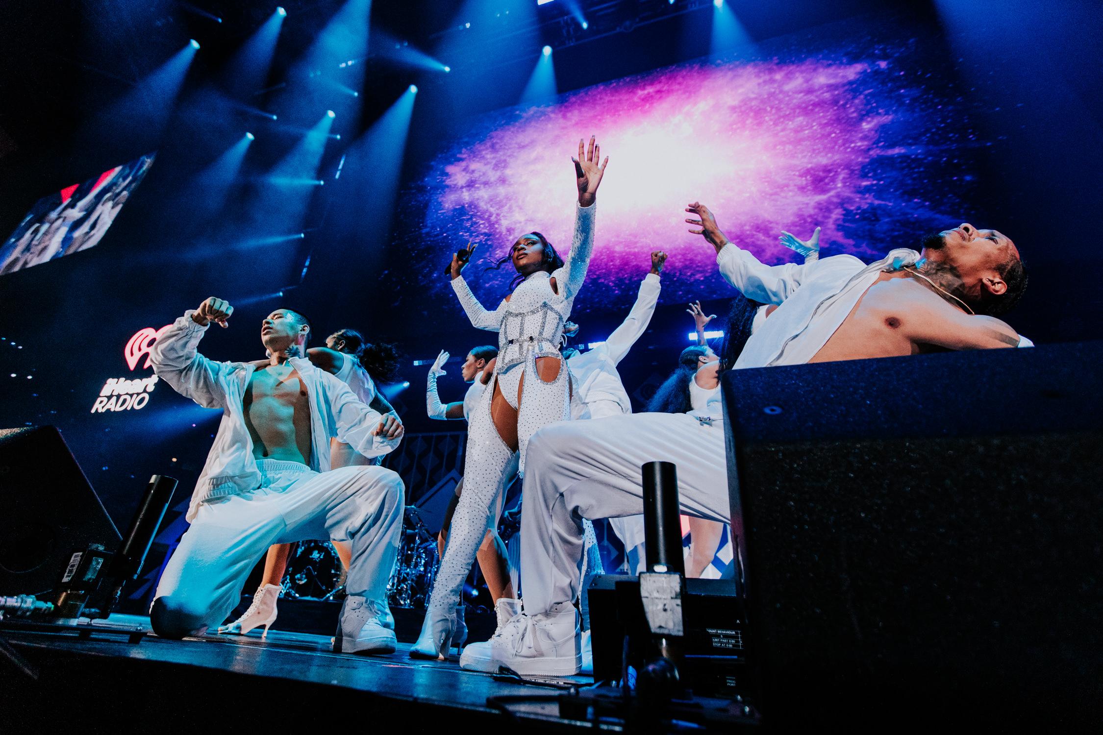 normani-hamilton-dancers-live-show-AnnaLeeMedia