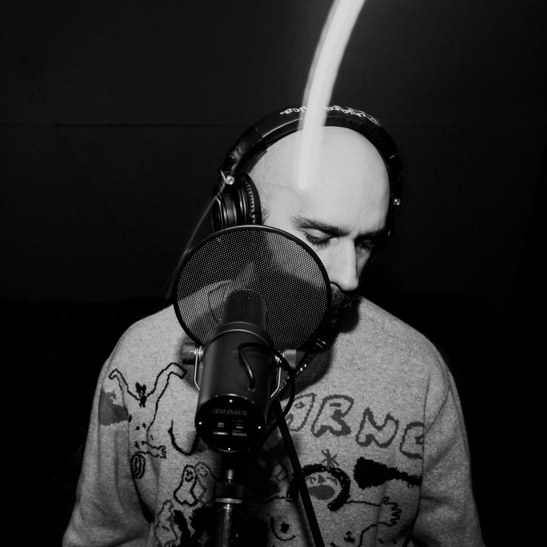sam-harris-recording-vocals-studio-AnnaLeeMedia